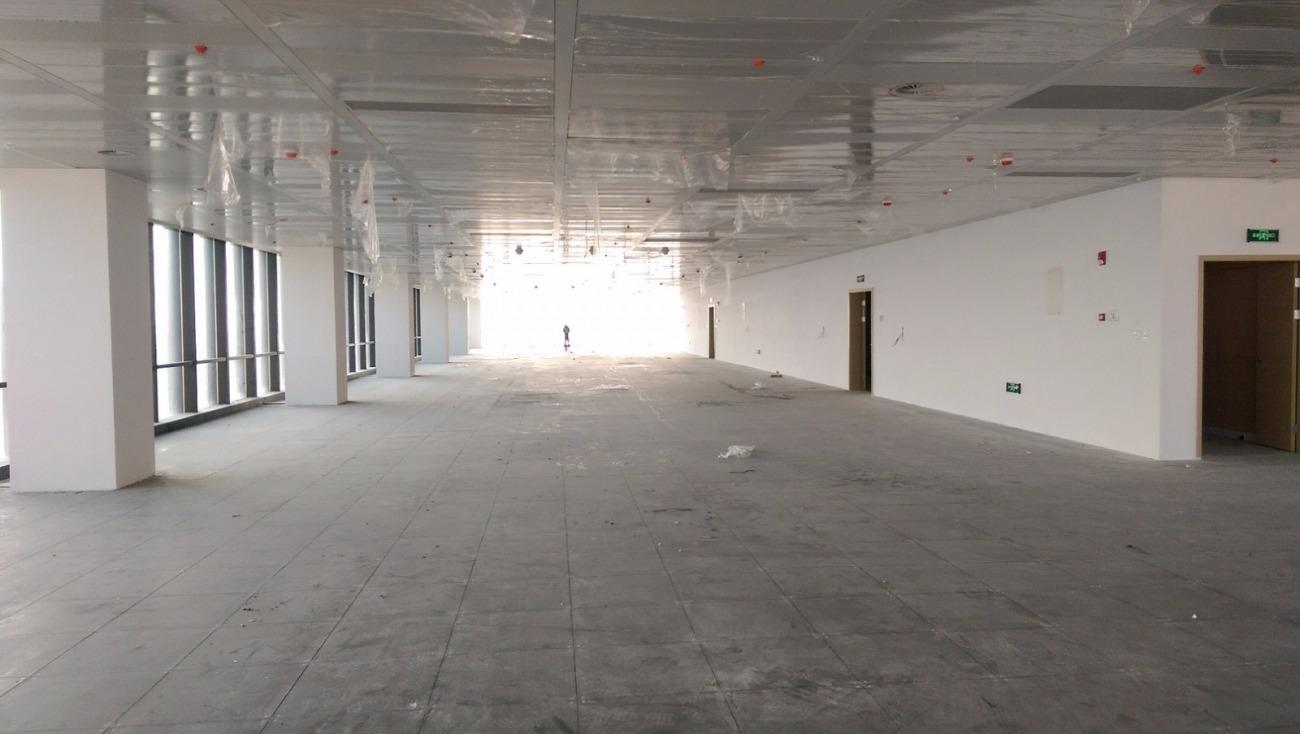 前滩世贸中心二期出租427平写字楼标准交付