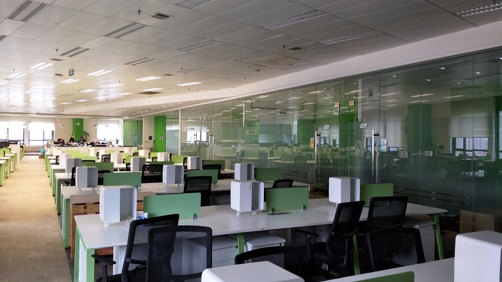 陆家嘴软件园出租346平办公室精装修带家具
