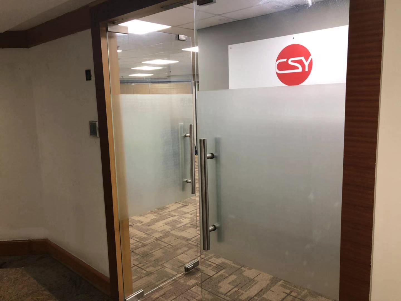 华都大厦出租114平办公室精装修带家具