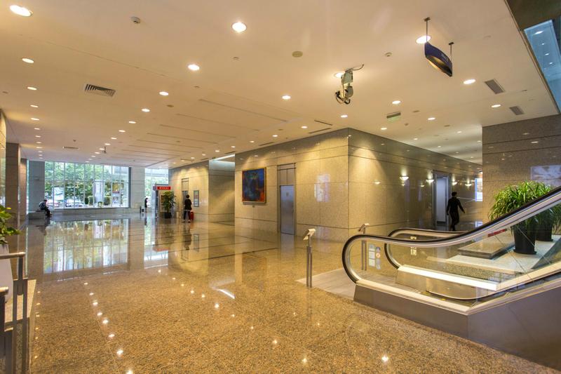 新上海国际大厦