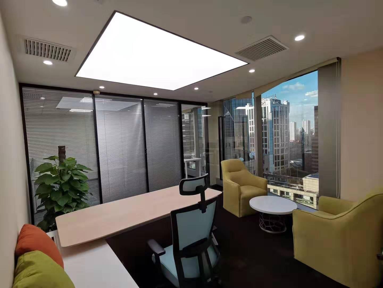 上海招商局大厦出租90平办公室精装修带家具