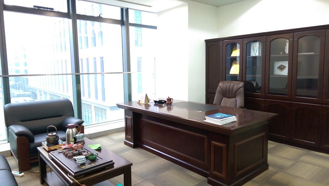 国华人寿金融广场出租378平办公室精装修带家具