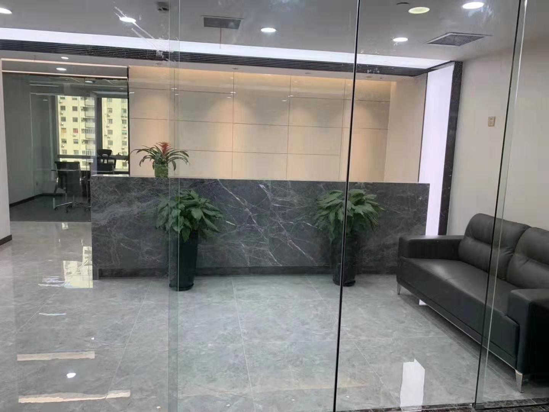 钱江大厦出租318平办公室精装修带家具