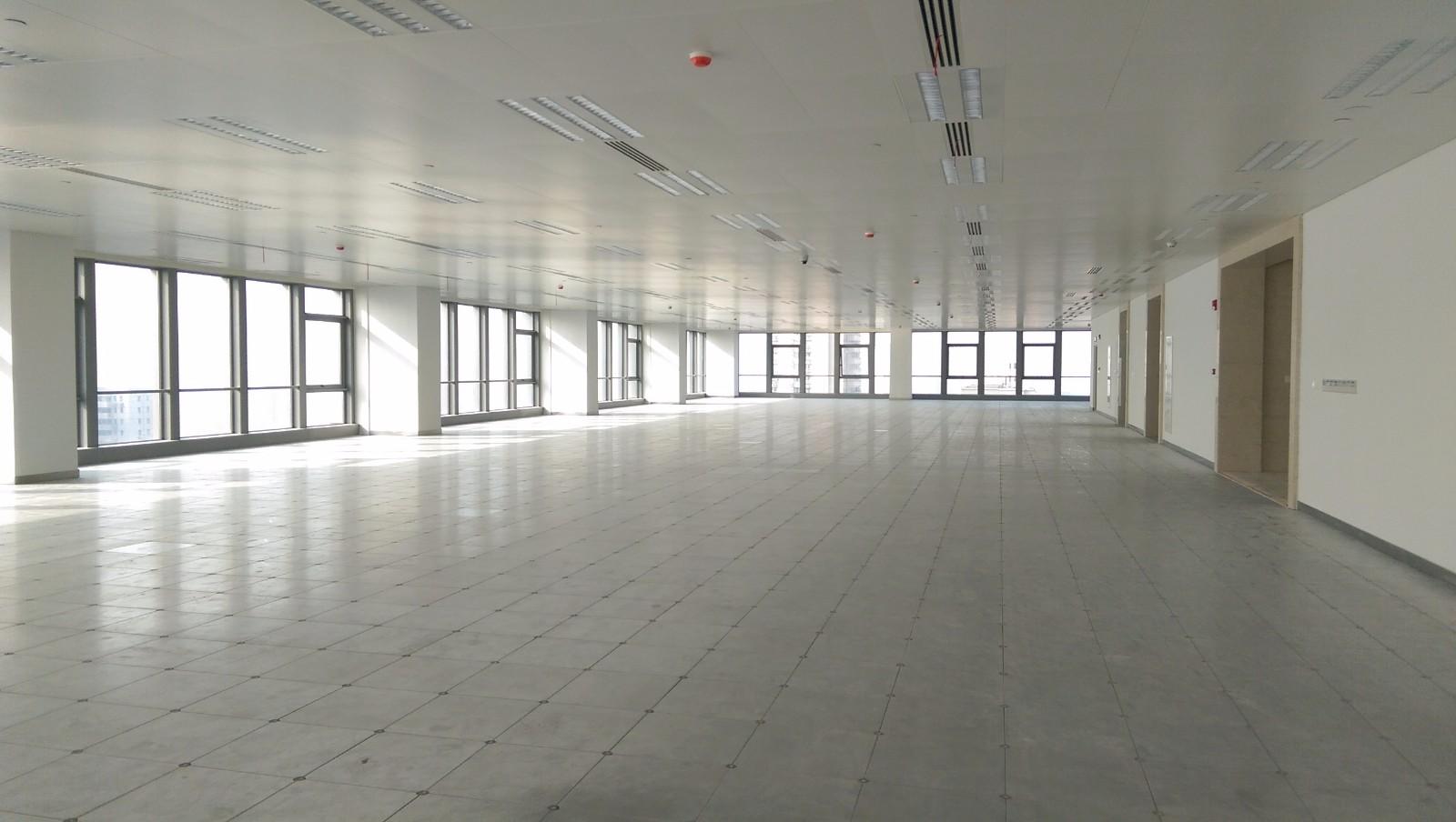 陆家嘴金融服务广场出租1154平写字楼标准交付