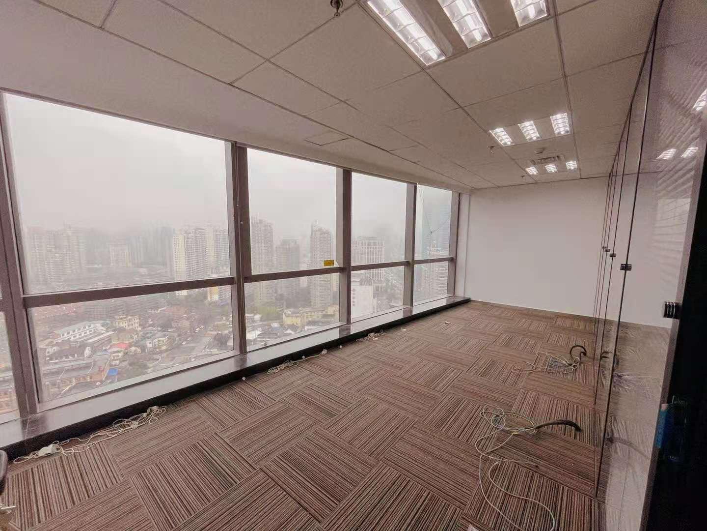 宝矿国际大厦出租426平写字楼有装修无家具