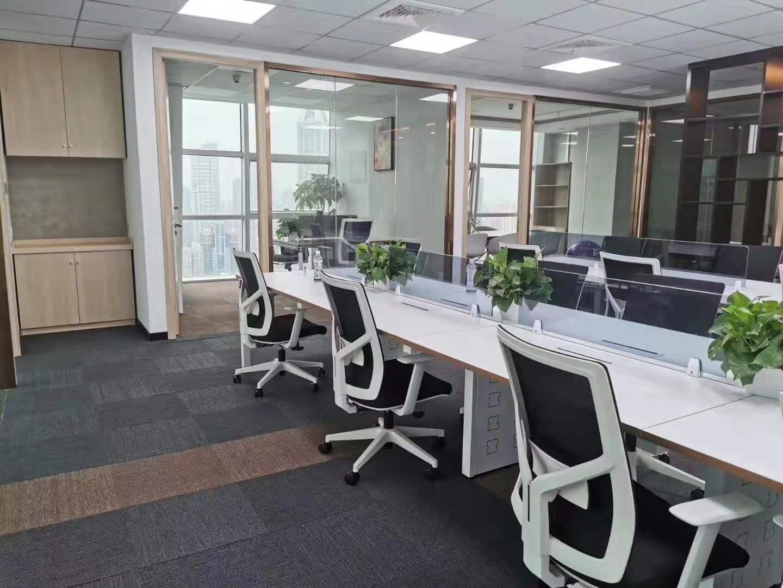 海通证券大厦出租210平写字楼精装修带家具