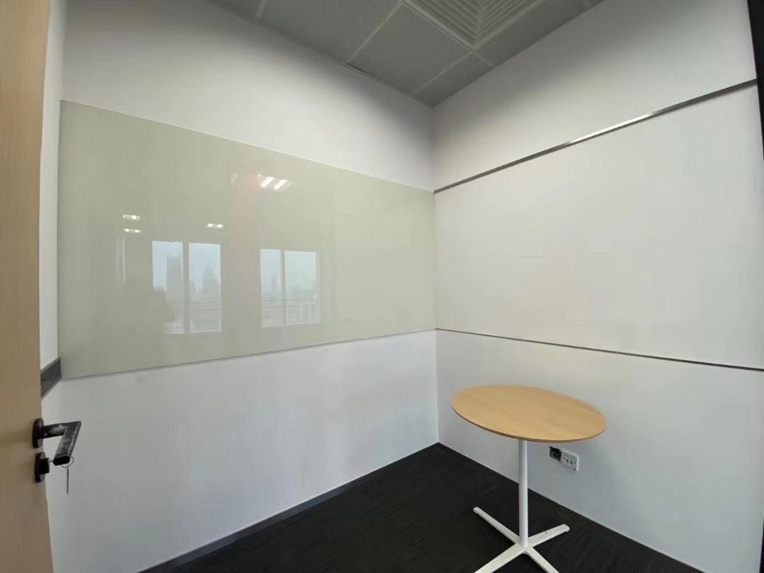 中海国际中心出租755平写字楼有装修无家具