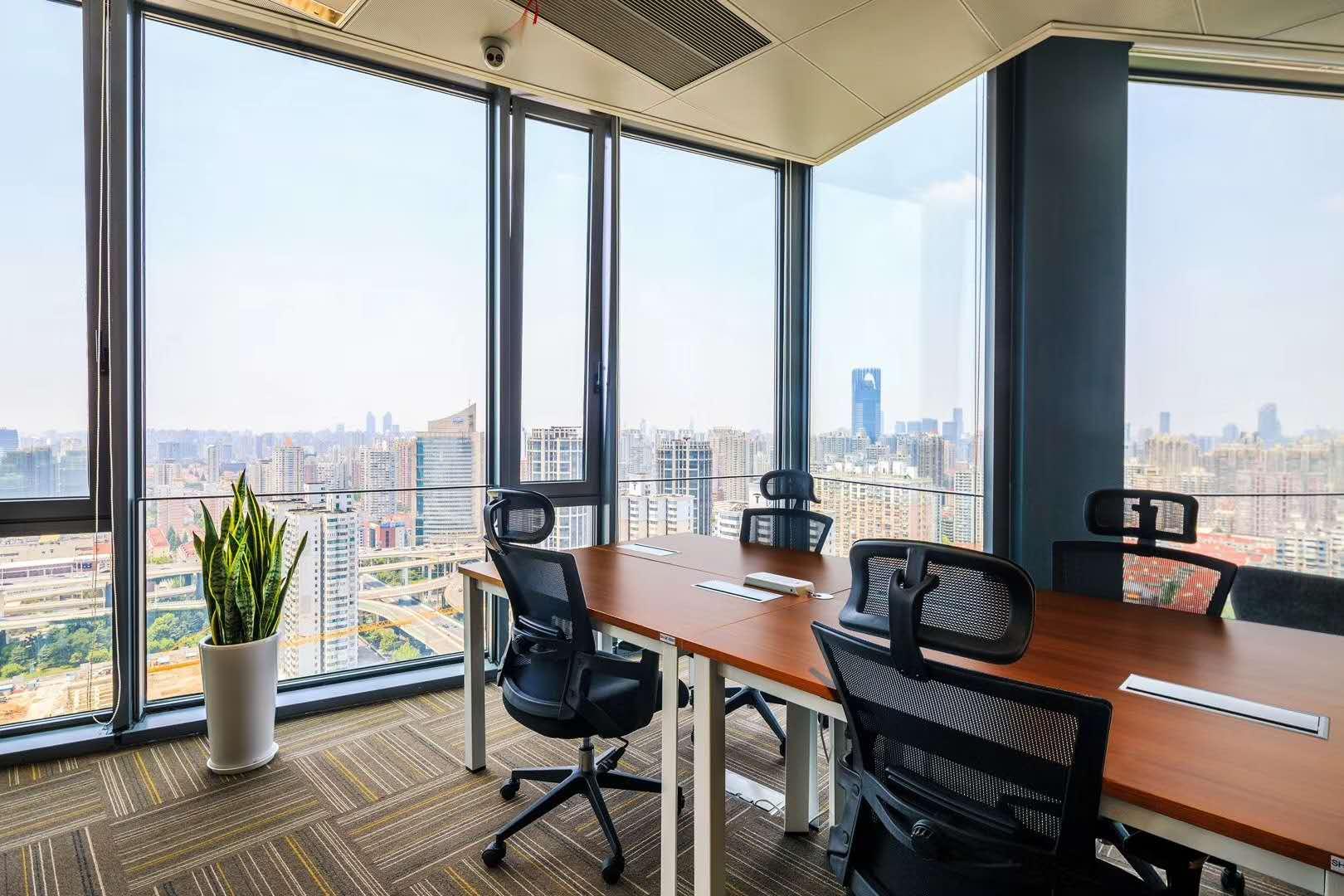 上海歌斐中心优客工场出租4人间带窗户现房