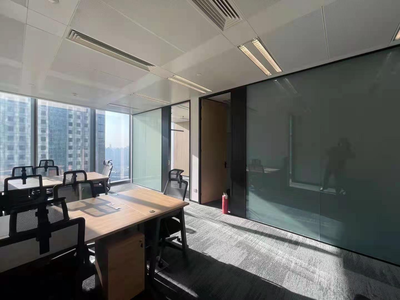 时代金融中心出租161平办公室精装修带家具