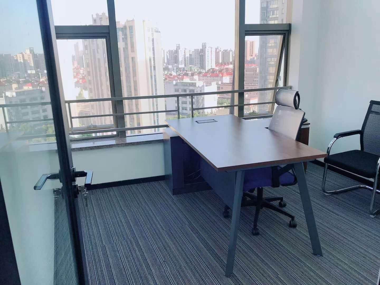 中电大厦出租96平办公室精装修带家具