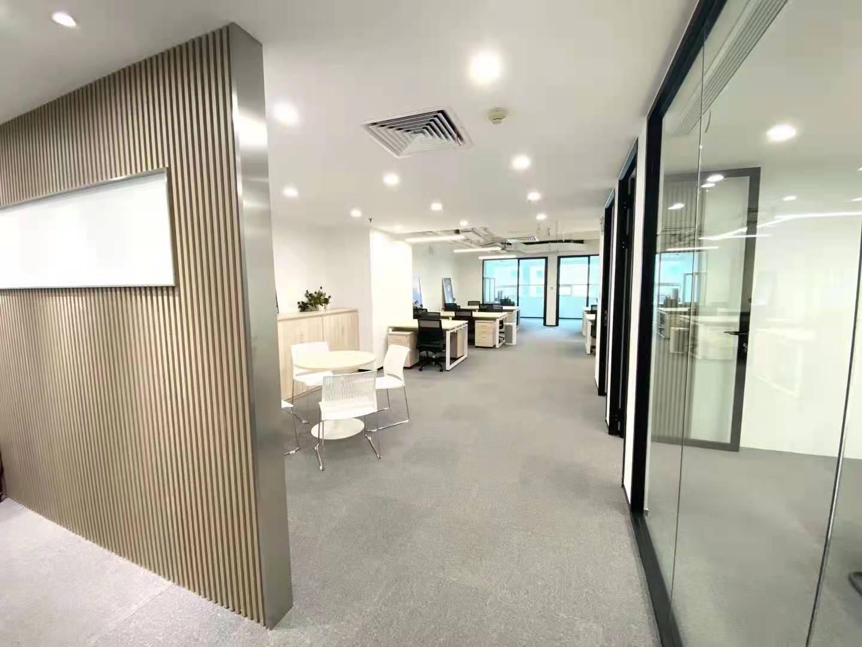 东方国际科技大厦出租187平办公室精装修带家具