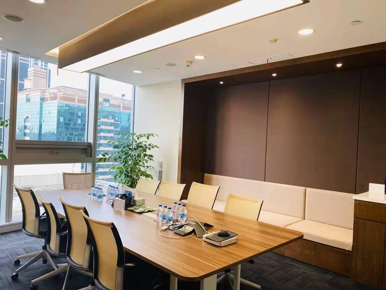 新茂大厦出租405平写字楼精装修带家具