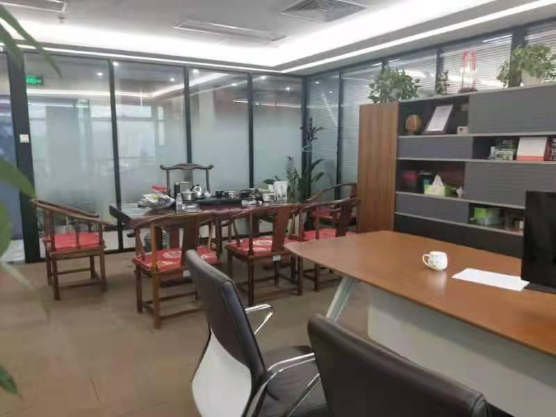 华鑫海欣大厦出租502平写字楼精装修带家具