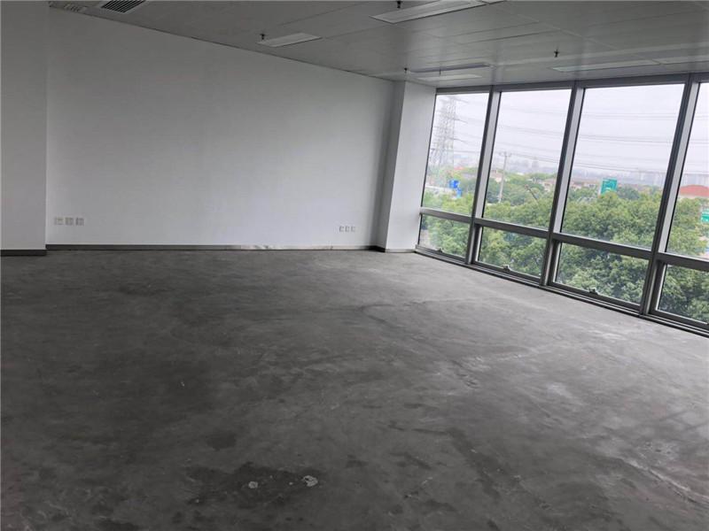 上海德国中心出租920平写字楼标准交付