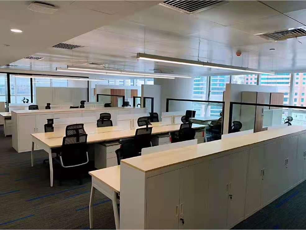 天安中心出租980平写字楼精装修带家具