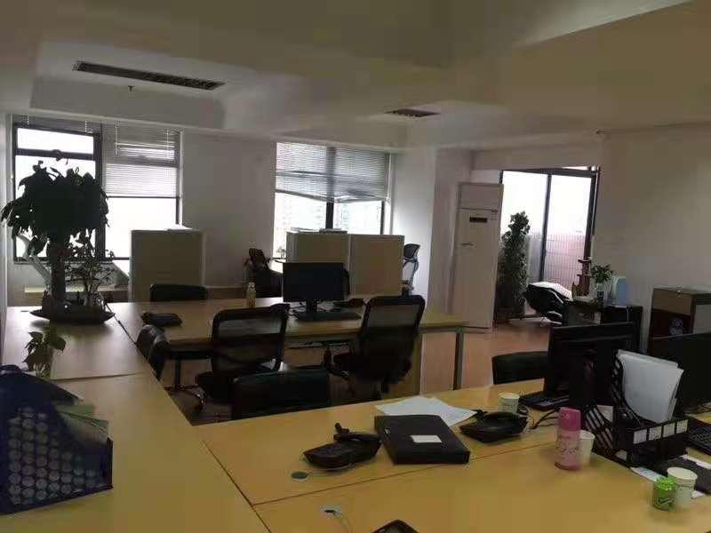 海兴广场出租364平写字楼精装修带家具