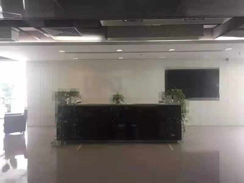 华辰金融大厦出租347平办公室有装修无家具