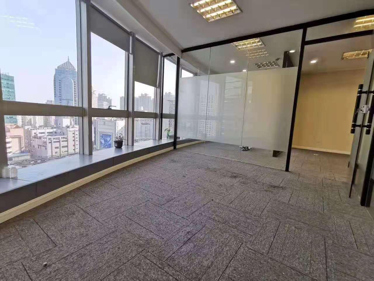乐凯大厦出租286平办公室有装修无家具