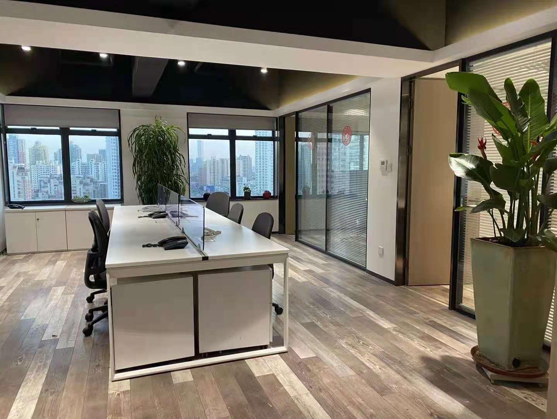 海兴广场出租230平写字楼有装修无家具