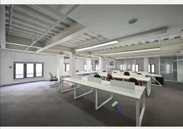 宏慧盟智园出租947平写字楼精装修带家具