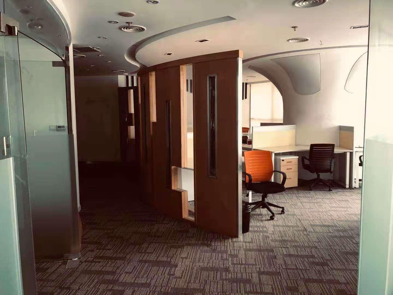 天安中心出租230平写字楼精装修带家具