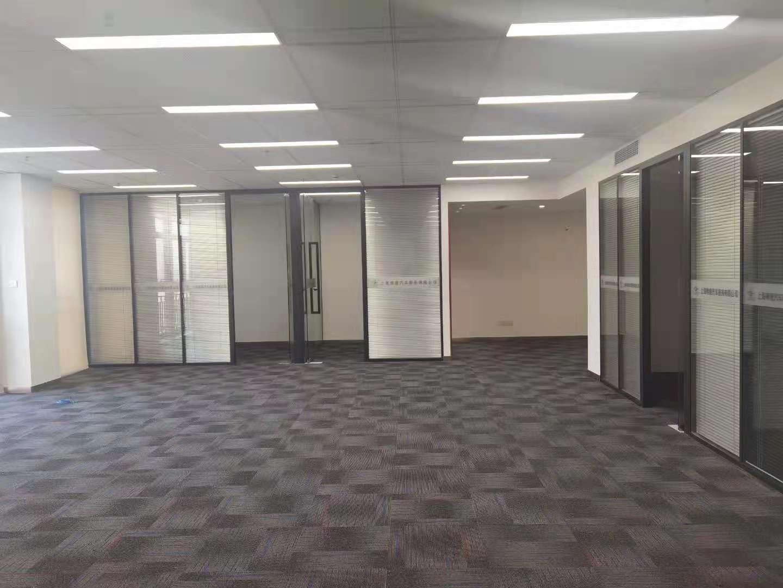 虹桥叶迪商务园出租251平写字楼有装修无家具