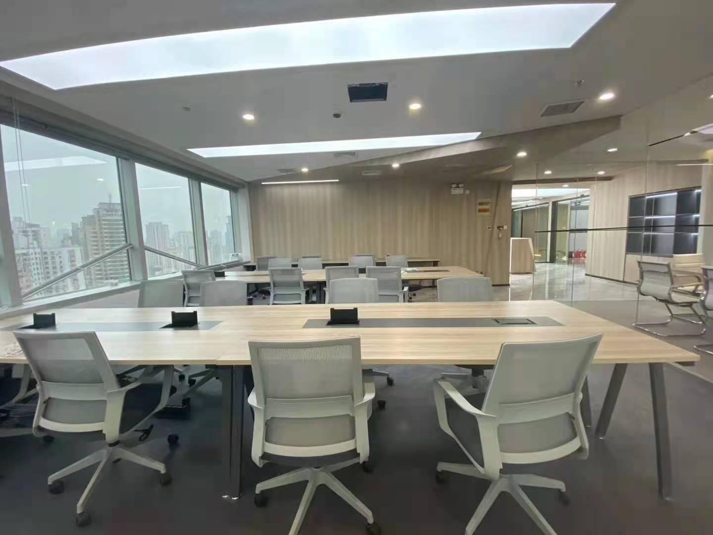 港陆黄浦中心出租678平写字楼精装修带家具