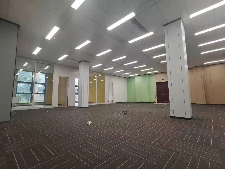 虹桥叶迪商务园出租477平写字楼有装修无家具