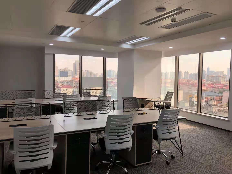 永华大厦出租378平办公室精装修带家具