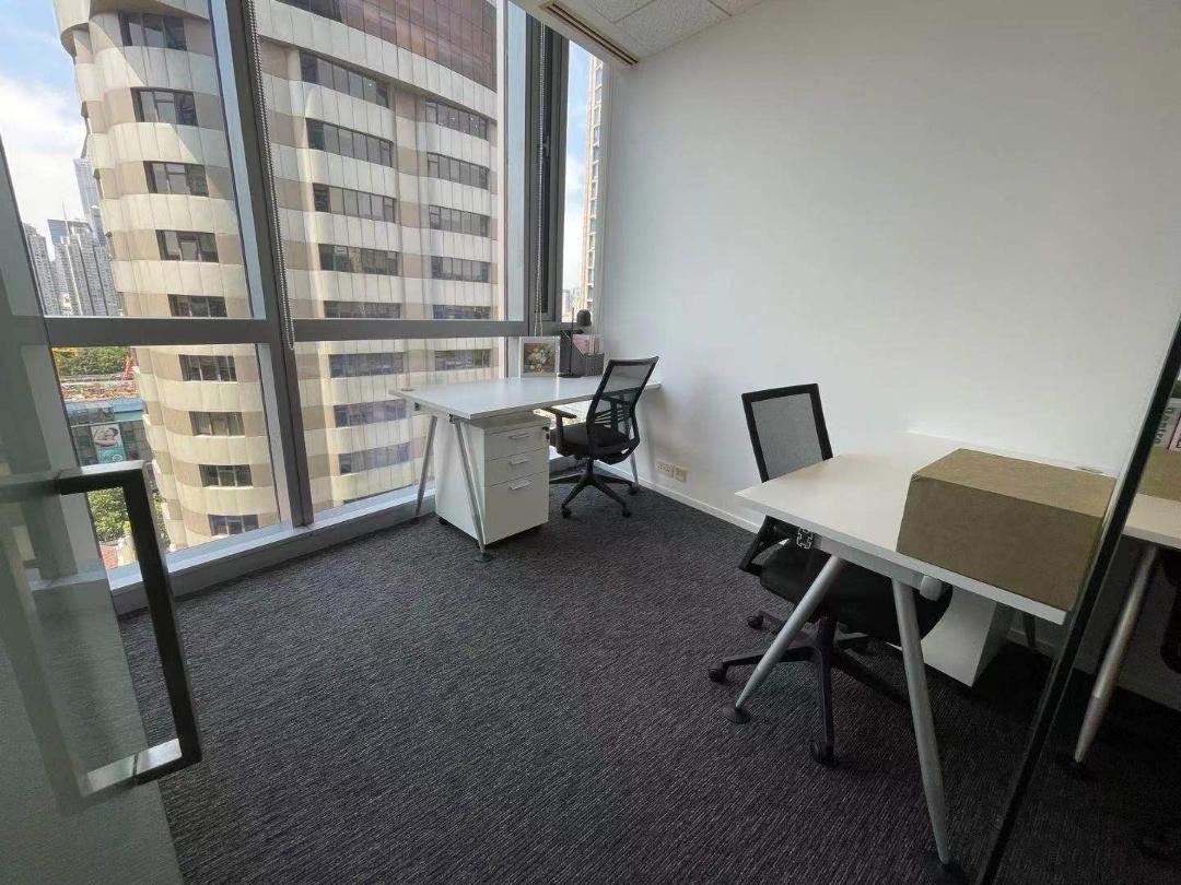 新茂大厦ARCC艾克商务中心出租3人间带窗户现房