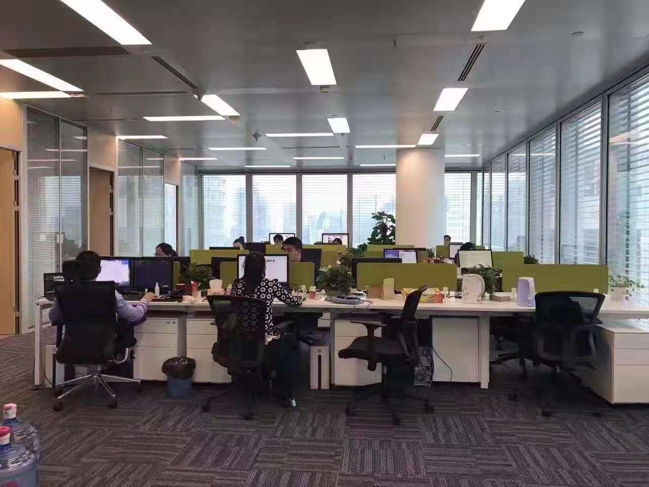 丁香国际商业中心出租649平办公室有装修无家具