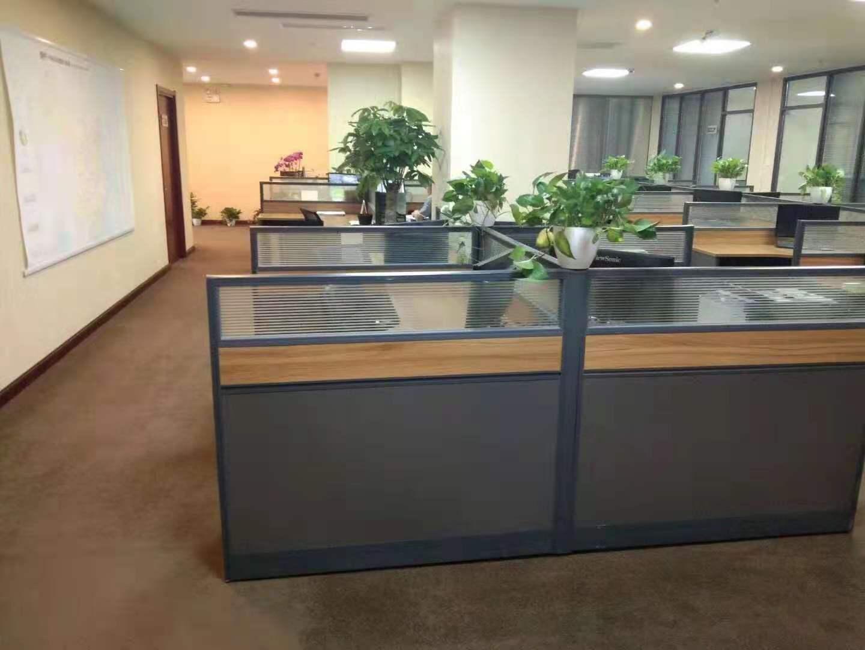 申富大厦出租193平办公室精装修带家具