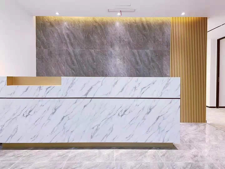 联通国际大厦出租245平写字楼精装修带家具