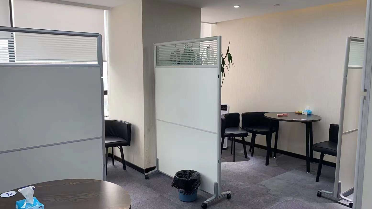 一百杉杉大厦出租232平办公室有装修无家具