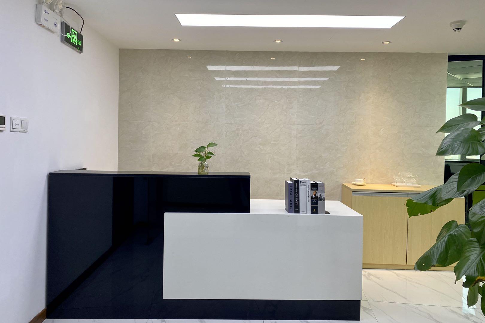 江苏大厦出租168平办公室精装修带家具