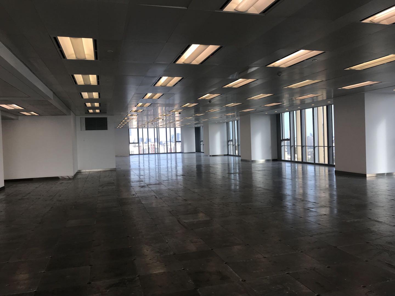 上海环球港出租960平写字楼标准交付