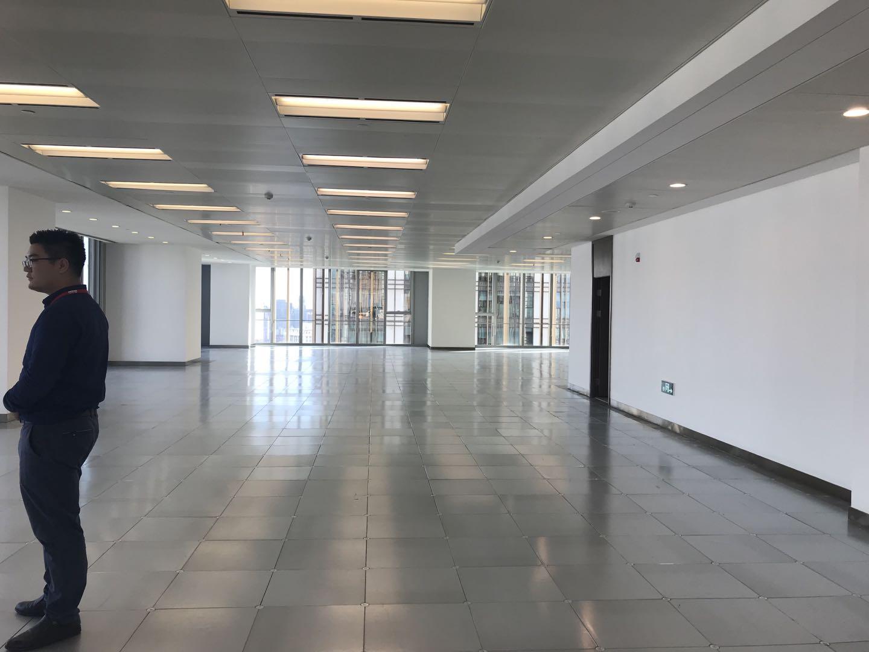 上海环球港出租1100平写字楼标准交付