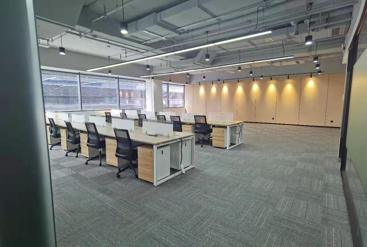 虹桥商务区国际展汇新出362平带家具现房