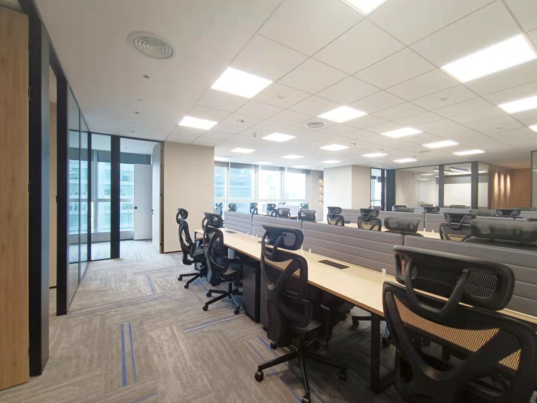 淮海国际新出336平豪华办公室现房随时入驻