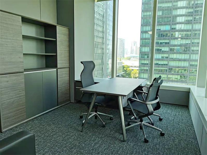 汇亚大厦出租261平办公室精装修带家具