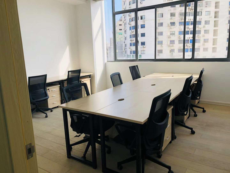 甘雅商务中心创合工社出租12人间带窗户现房