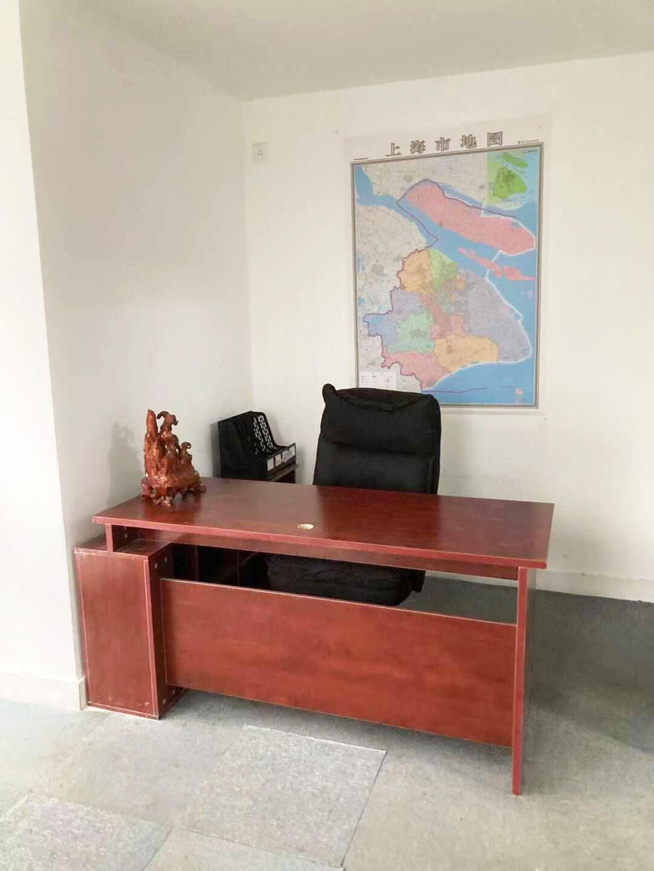 良丰大厦出租121平办公室有装修无家具